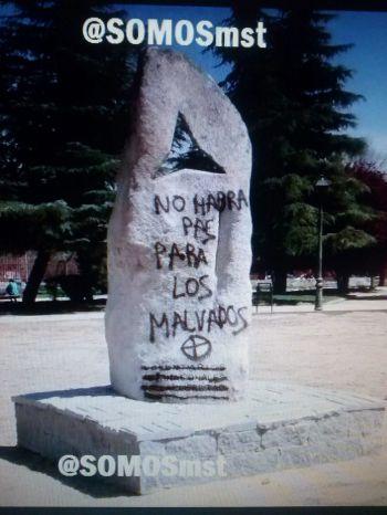 Nuevo ataque fascista al monumento de las BBII en Móstoles