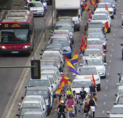 Caravana republicana de coches en Sevilla