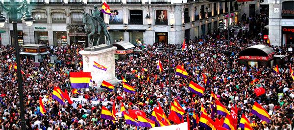 Y la Segunda República se disolvió ¡Viva la Tercera!, por Victor Arrogante