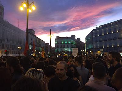 """Felipe VI """"resuelve"""" el problema catalán en poco más de seis minutos, comunicado de RPS"""