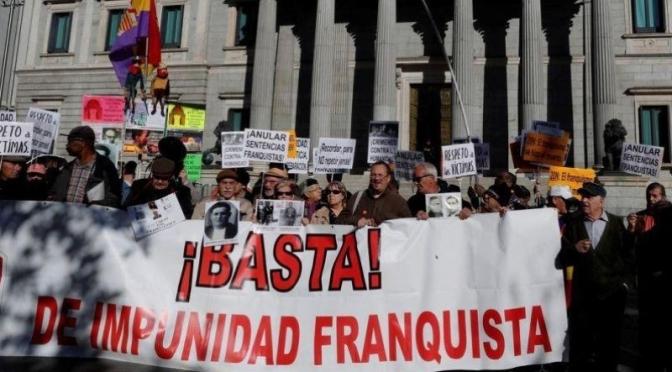 """Ángel Viñas: """"Hay que abrir todos los archivos ya. La democracia no puede temer nada del franquismo"""""""
